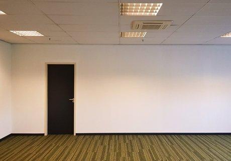 Sauswerk kantoor Moerdijk | Klusbedrijf Gouda